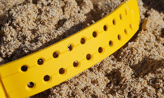 Click image for larger version.  Name:1030 External Strap Shaping North Shore.jpg Views:440 Size:68.4 KB ID:7957