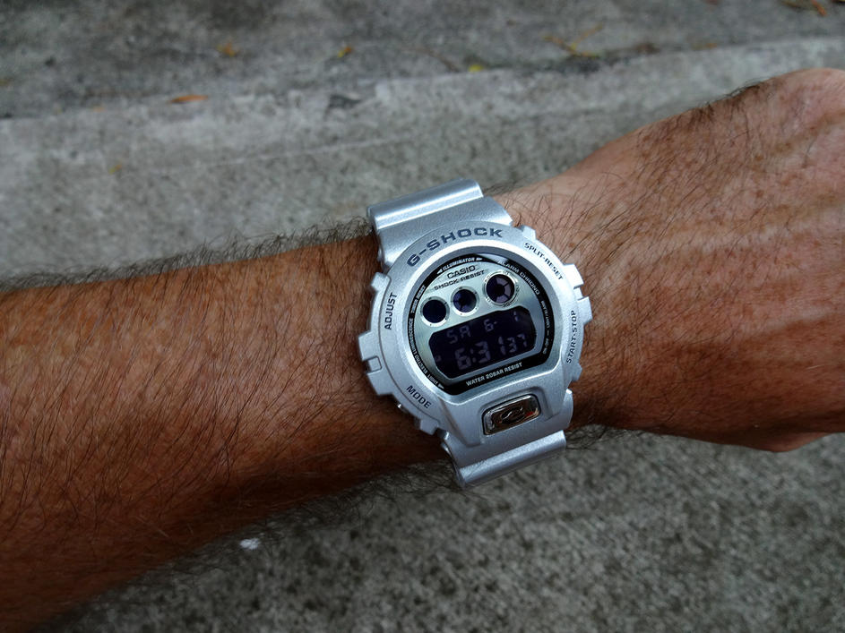 Click image for larger version.  Name:6930bs wrist shot.jpg Views:350 Size:101.1 KB ID:6652
