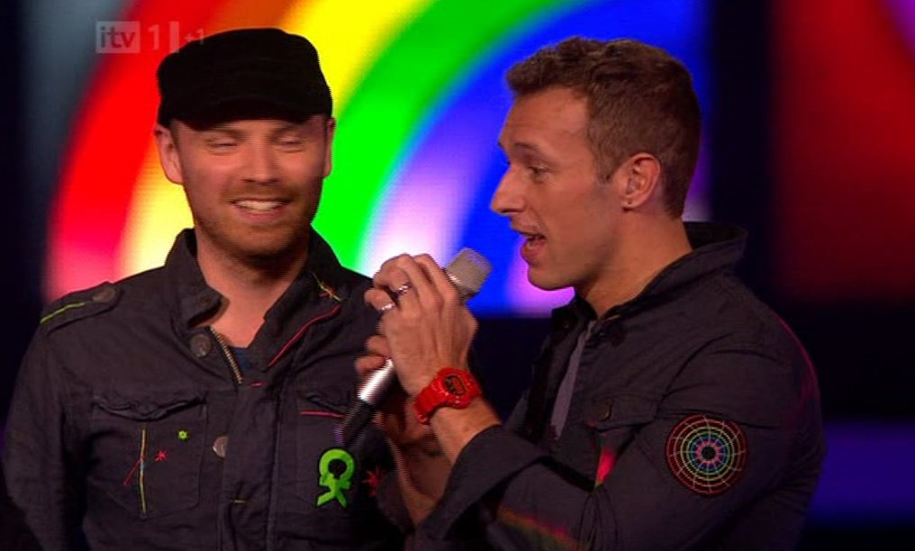 Click image for larger version.  Name:chris martin coldplay g-shock brits 2012 2.jpg Views:1415 Size:71.1 KB ID:1976