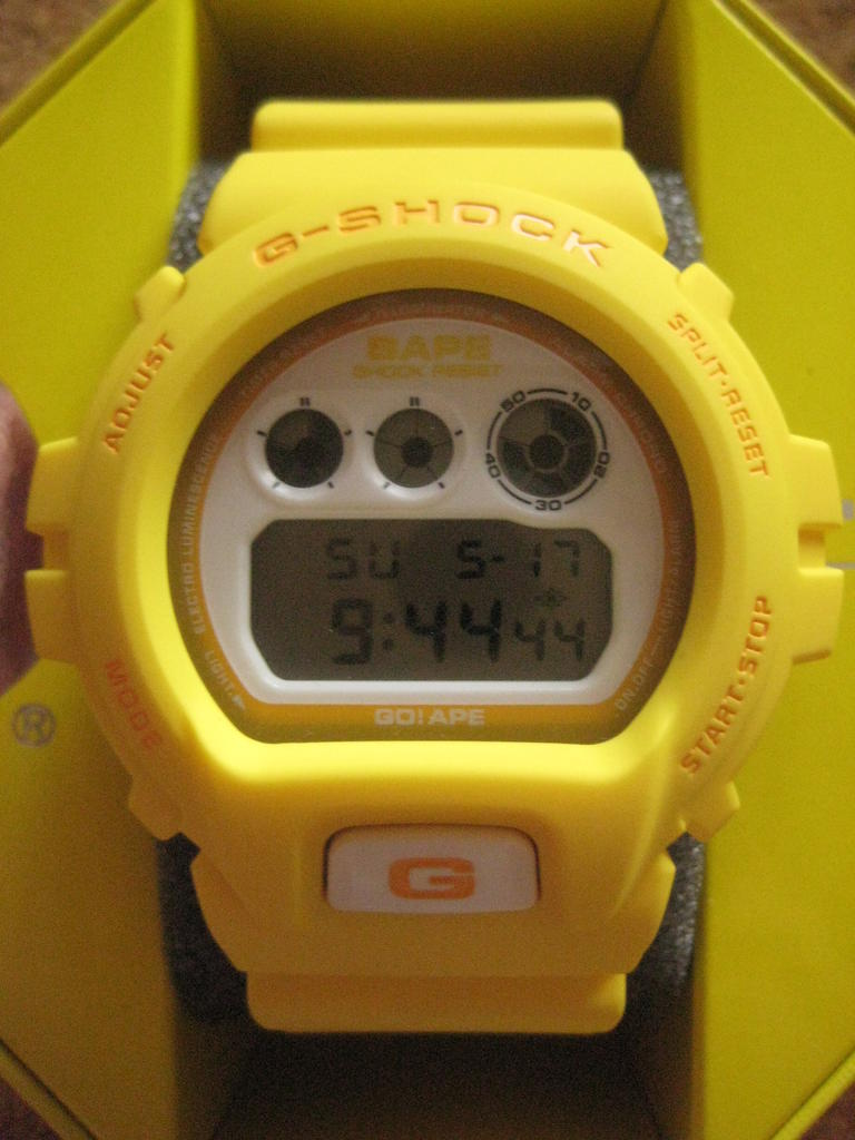 Click image for larger version.  Name:gshock-Bape-DW-6900-yellow-NFS-151.jpg Views:229 Size:81.7 KB ID:10636