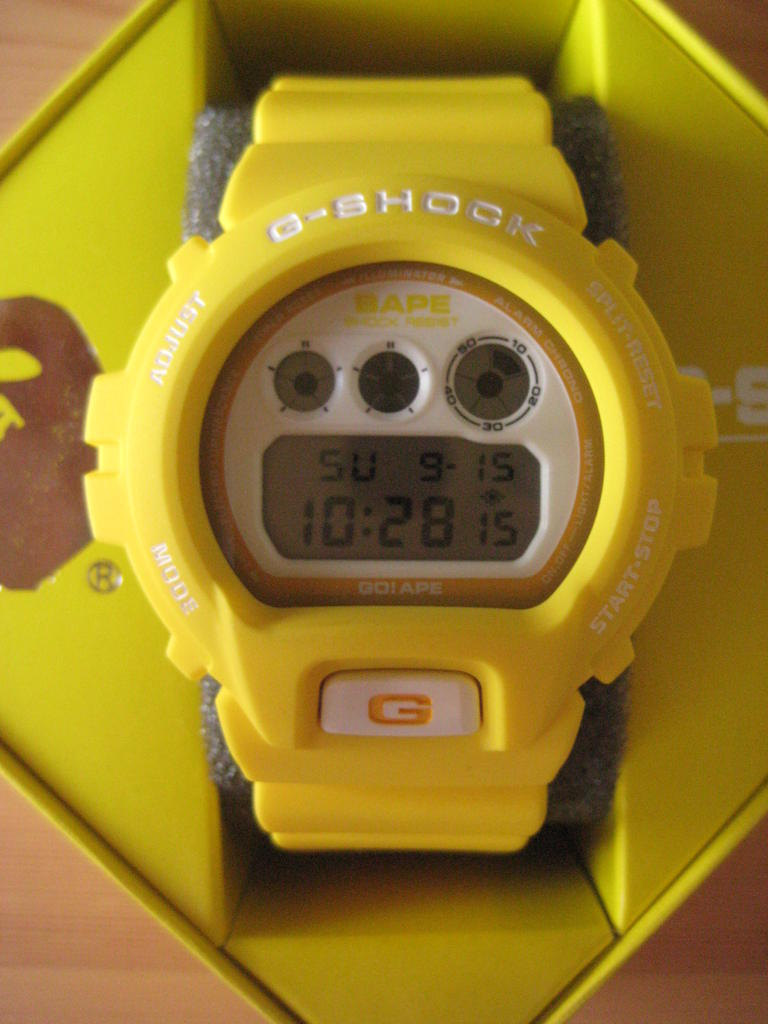Click image for larger version.  Name:gshock-bape-dw6900-yellow-121.jpg Views:3885 Size:79.1 KB ID:7495