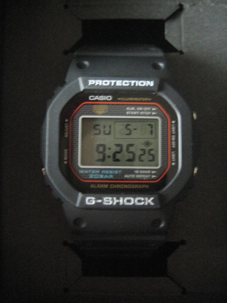 Click image for larger version.  Name:gshock-DW-5000-1JF-2001-131.jpg Views:25 Size:88.6 KB ID:11623