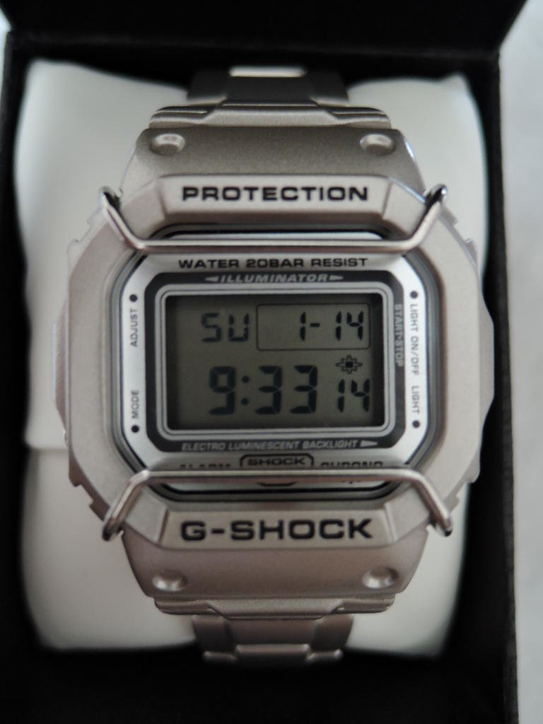 Click image for larger version.  Name:gshock-DW-5000D-8JF-2001-101.jpg Views:42 Size:61.1 KB ID:11578