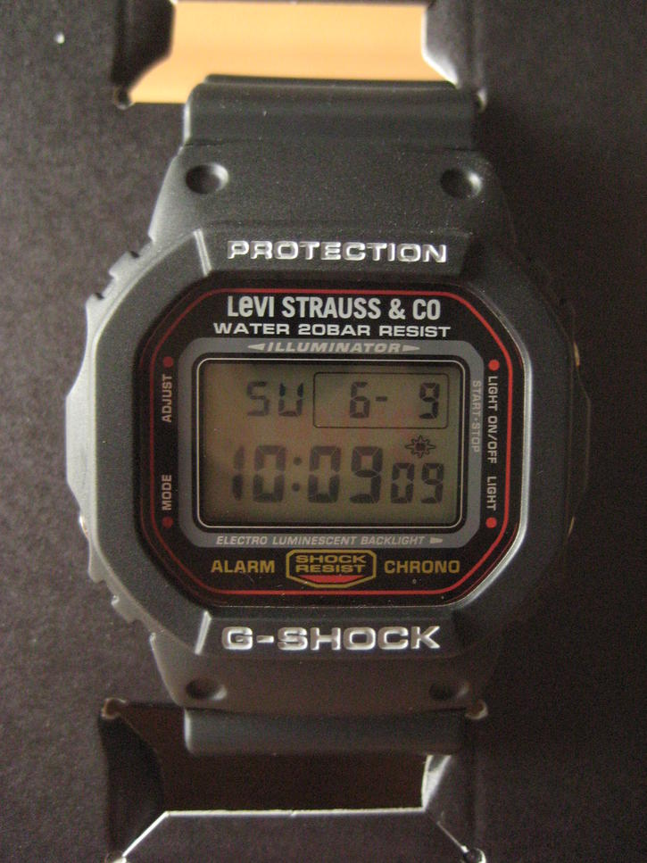 Click image for larger version.  Name:gshock-levi's-dw5600-101.jpg Views:1525 Size:97.5 KB ID:9326