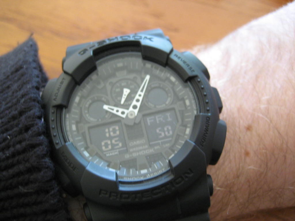 Click image for larger version.  Name:onepiece watch box.jpg Views:354 Size:88.3 KB ID:8540