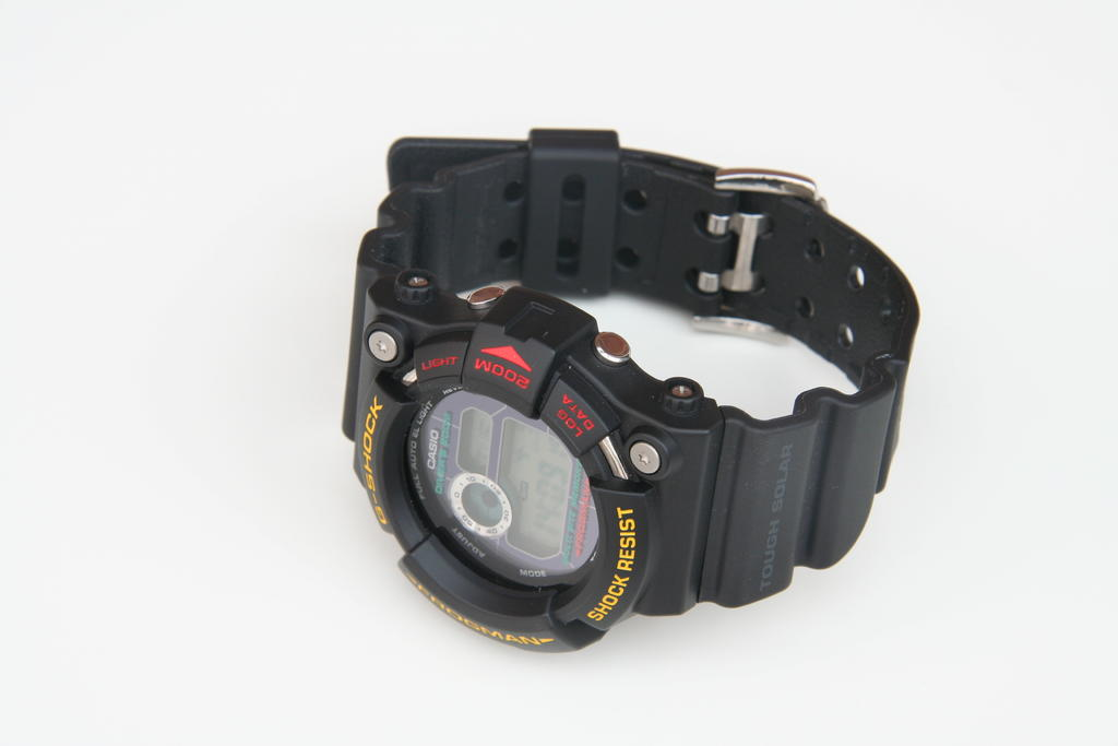 Click image for larger version.  Name:onepiece caseback.jpg Views:227 Size:88.2 KB ID:8549