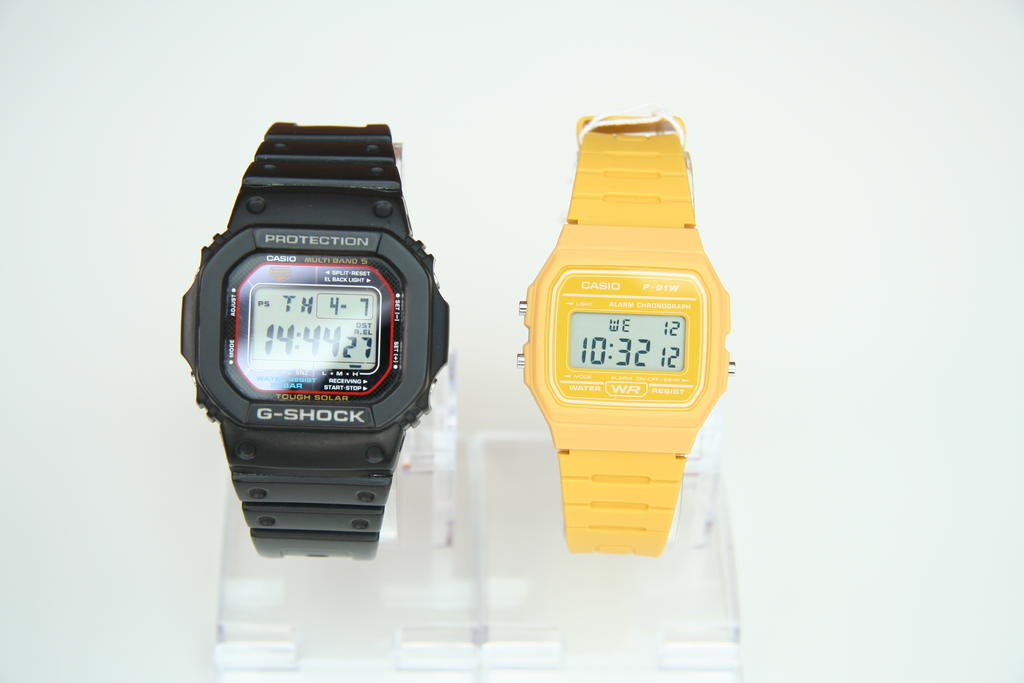 Click image for larger version.  Name:onepiece watch box.jpg Views:226 Size:88.3 KB ID:8540