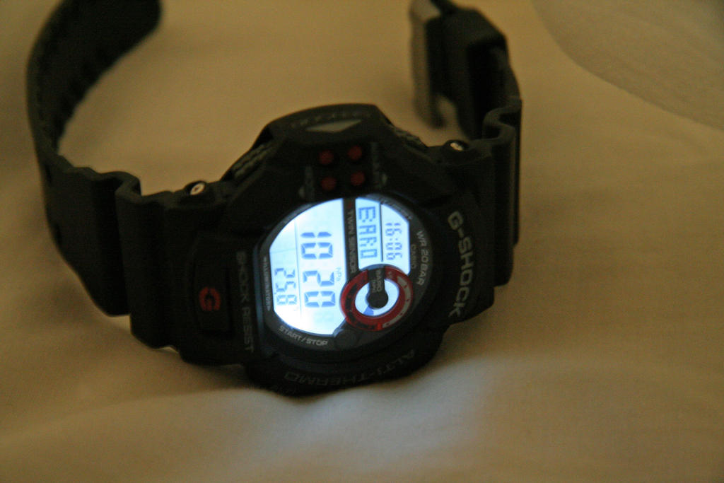 Click image for larger version.  Name:gshock-20th-DW-6900ML-1JF-2003-002.jpg Views:20 Size:10.4 KB ID:11175