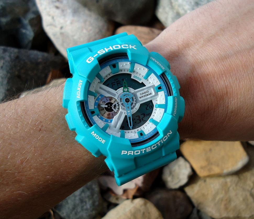 Click image for larger version.  Name:onepiece buckle and strap.jpg Views:208 Size:49.7 KB ID:8545