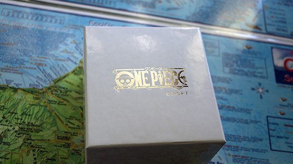 onepiece outer box top.jpg